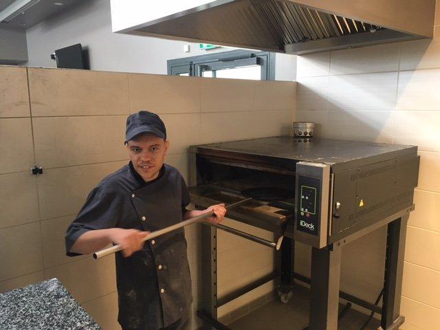Anthony, de la cuisine aux fourneaux